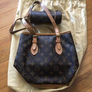 Louis Vuitton bucket bag pm